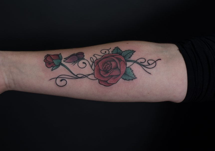 red roses tattoo, feminine tattoo